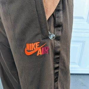 Nike basketball sweat pants